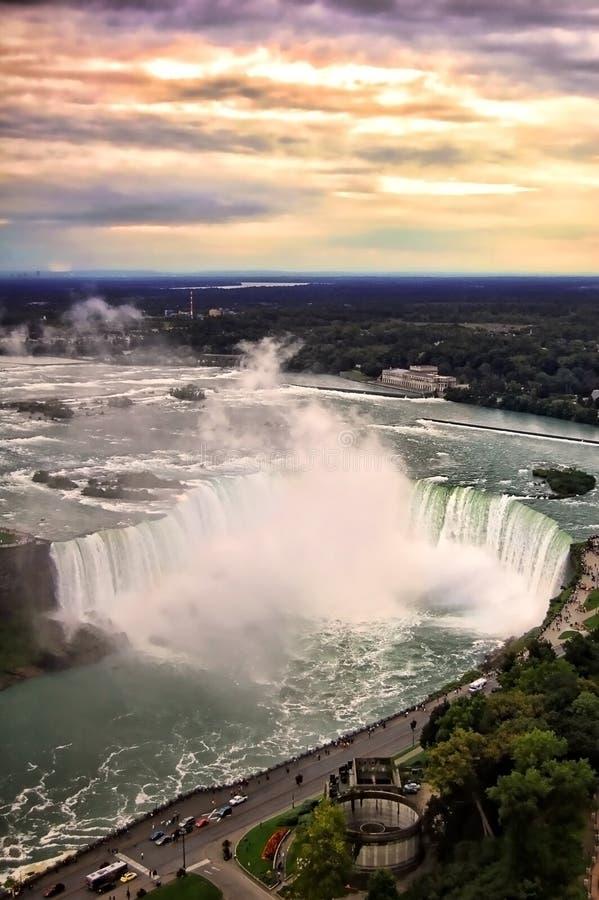 Puesta del sol de Niagara Falls imagen de archivo libre de regalías