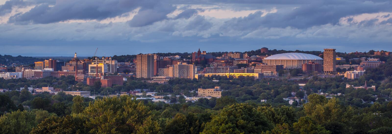 Puesta del sol de Nueva York de la colina de la universidad de Syracuse fotos de archivo