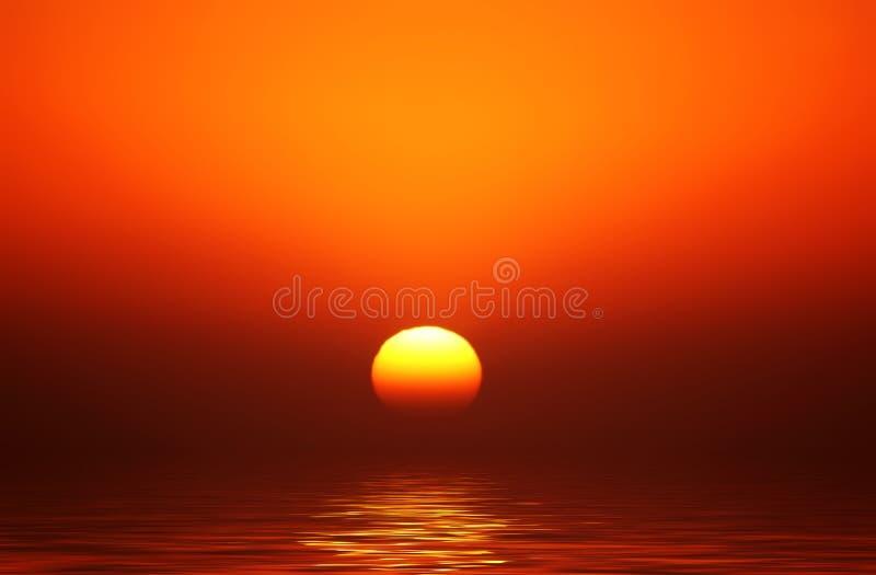 Puesta del sol de oro del orbe fotografía de archivo libre de regalías