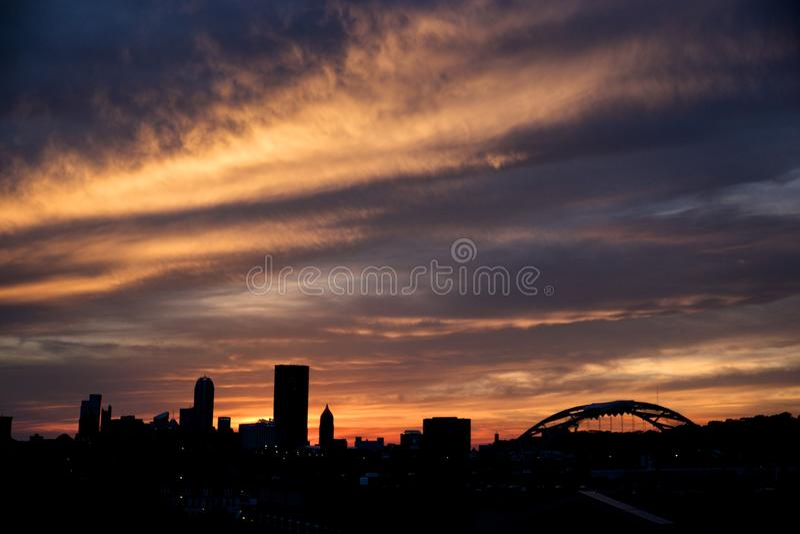 Puesta del sol de Pittsburgh fotos de archivo