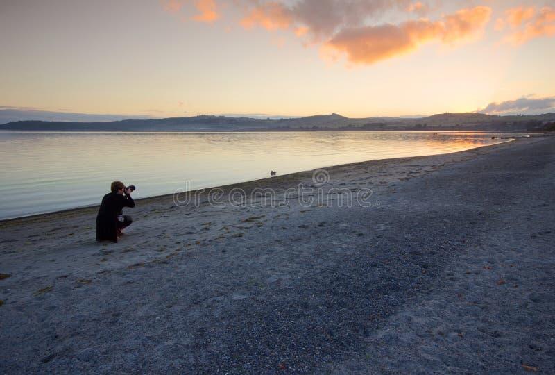 Puesta del sol de Taupo fotografía de archivo libre de regalías