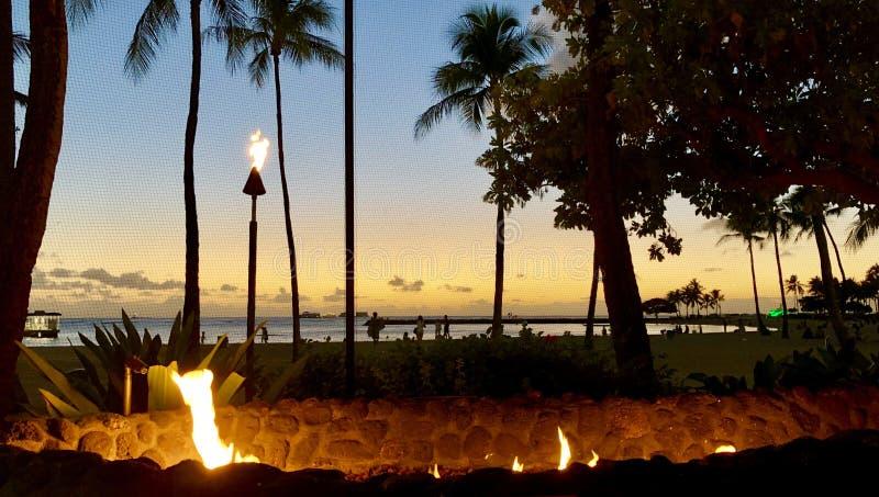 Puesta del sol de Waikiki imágenes de archivo libres de regalías