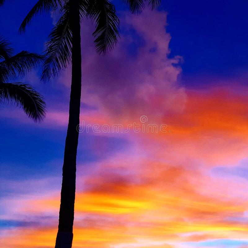 Puesta del sol del arco iris foto de archivo libre de regalías