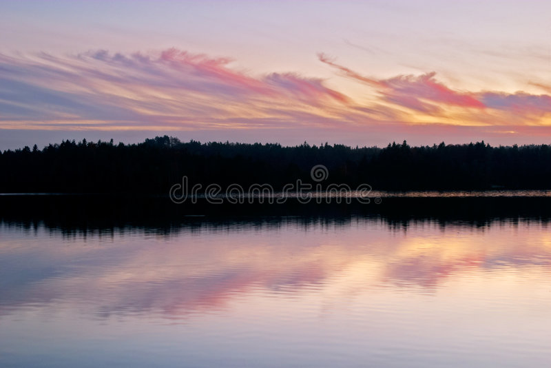 Puesta del sol del lago foto de archivo libre de regalías