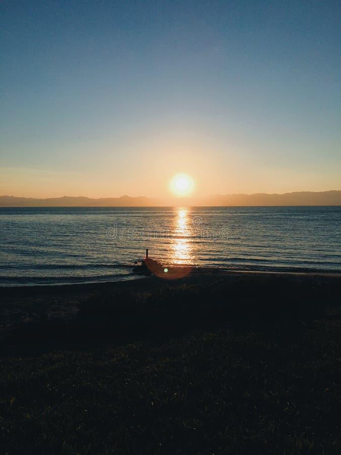 Puesta del sol del lago Malawi fotos de archivo libres de regalías
