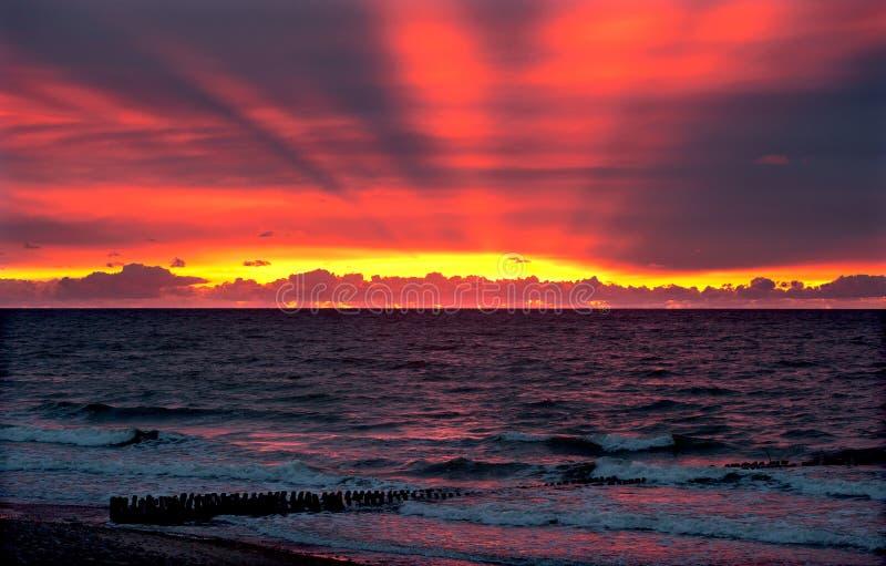 Puesta del sol del mar Báltico fotos de archivo libres de regalías