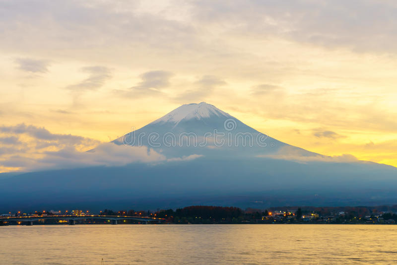 Puesta del sol del monte Fuji, Japón imagen de archivo