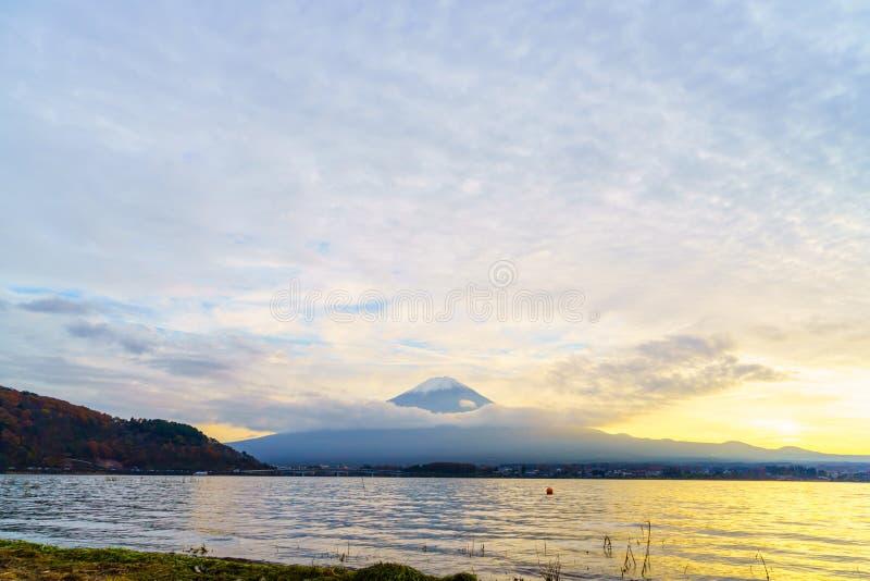 Puesta del sol del monte Fuji, Japón foto de archivo