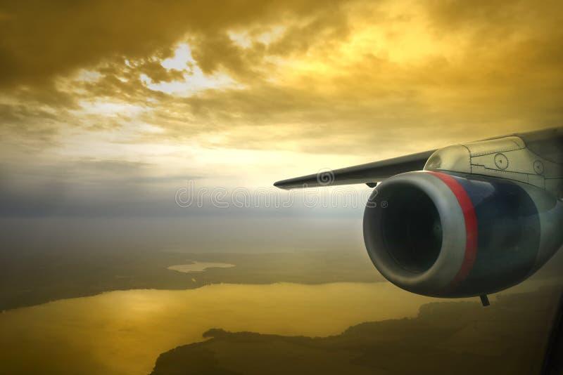 Puesta del sol del motor de jet foto de archivo libre de regalías