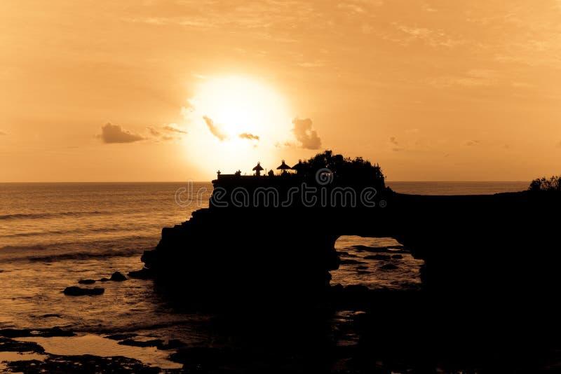 Download Puesta del sol del océano imagen de archivo. Imagen de brillante - 7282285
