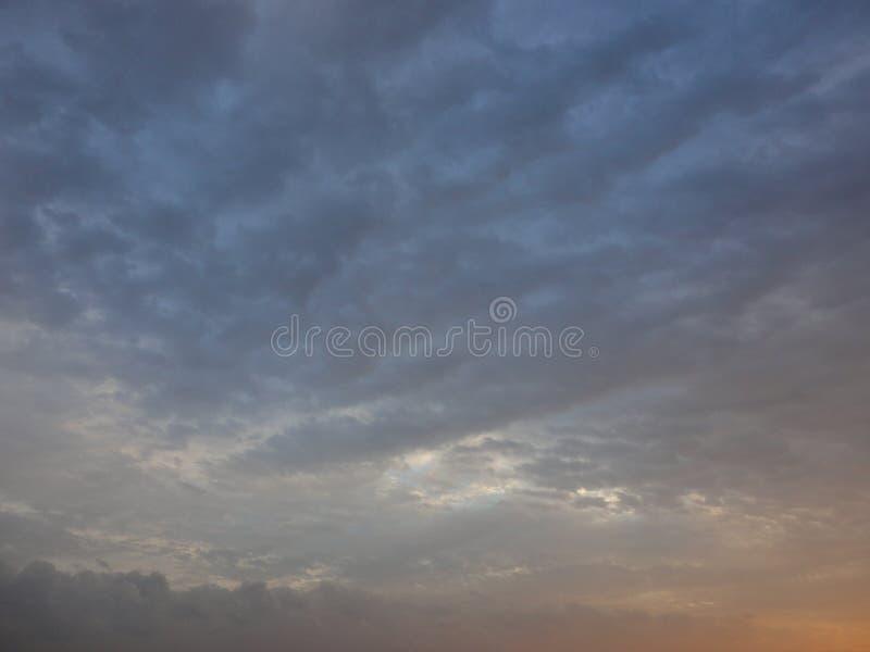 Puesta del sol del otoño fotos de archivo