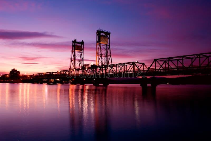 Puesta del sol del puente fotos de archivo libres de regalías