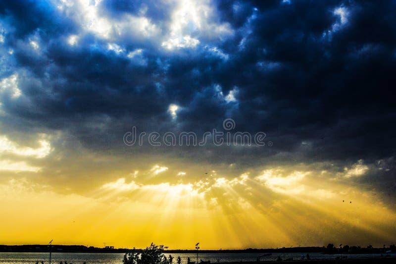Puesta del sol divina fotos de archivo libres de regalías