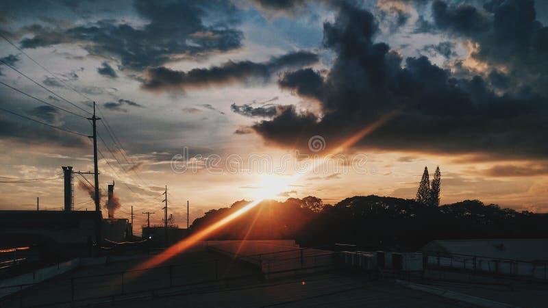 Puesta del sol efímera foto de archivo libre de regalías