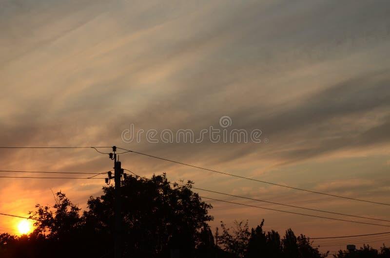 Puesta del sol eléctrica foto de archivo libre de regalías