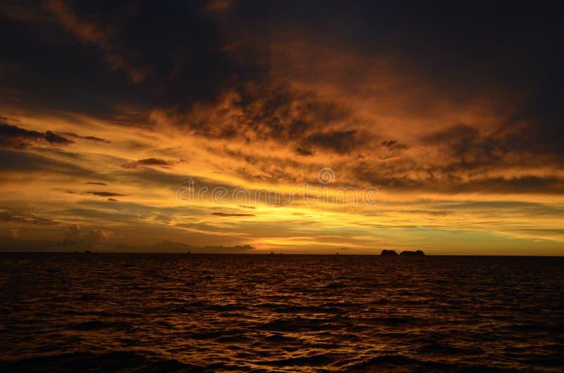 Puesta del sol en Bermudas fotos de archivo