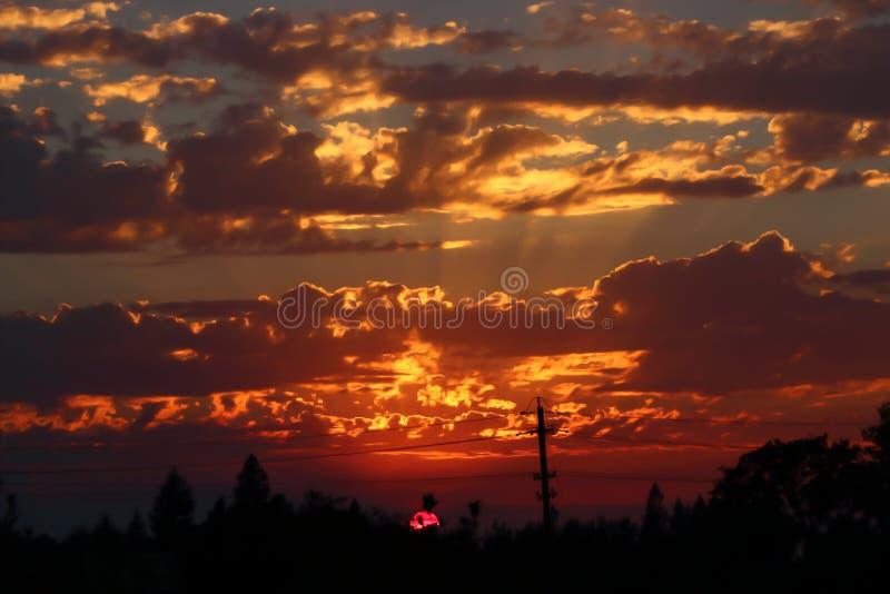 Puesta del sol en Cameron Park, CA imagenes de archivo