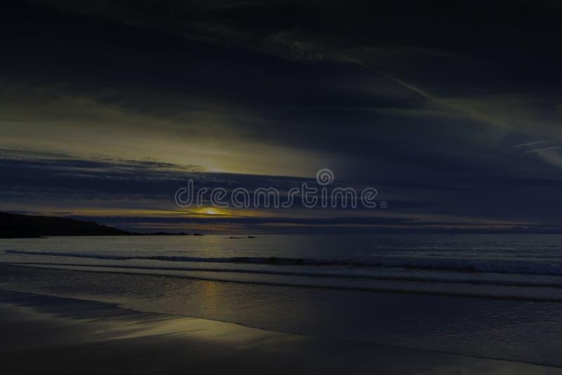 Puesta del sol en Cornualles/St Ives fotografía de archivo libre de regalías