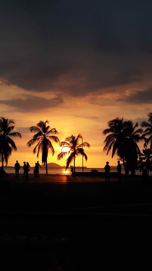 Puesta del sol en cruz del la de Puerto imágenes de archivo libres de regalías
