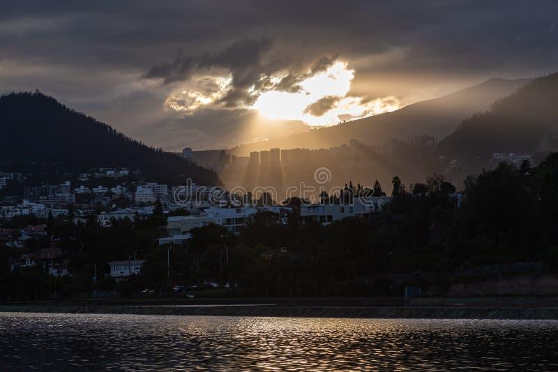 Puesta del sol en Cumbay fotos de archivo libres de regalías