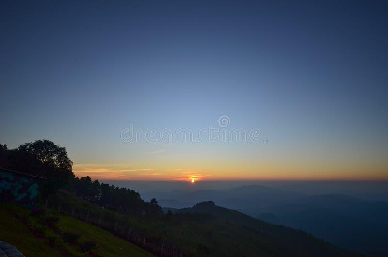 Puesta del sol en Doi Chang Mup fotografía de archivo libre de regalías