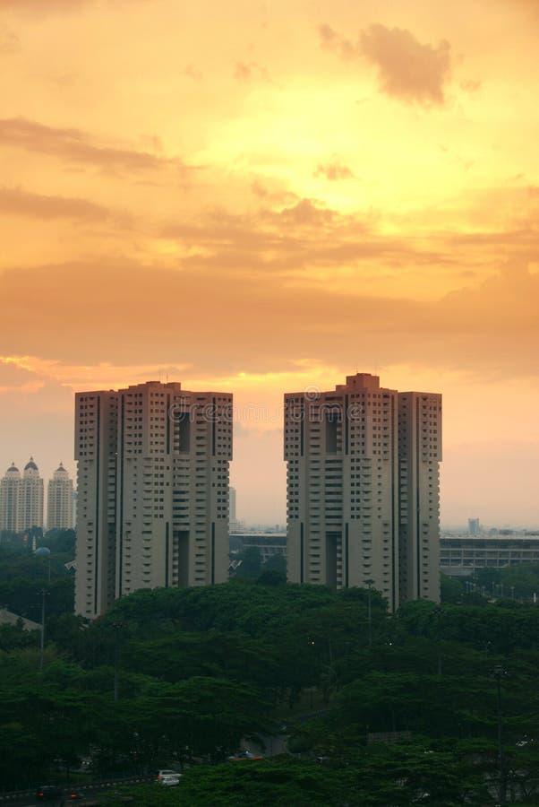 Puesta del sol en Donwtown Jakarta foto de archivo