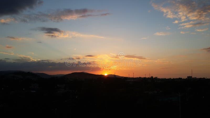 Puesta del sol en el ¡de Cumanà fotografía de archivo