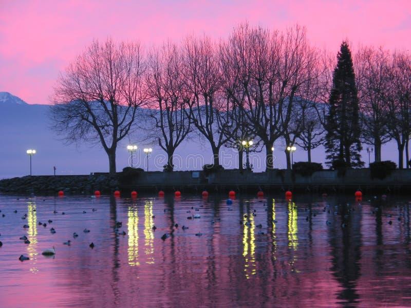 Puesta del sol en el lago Ginebra 1 foto de archivo libre de regalías