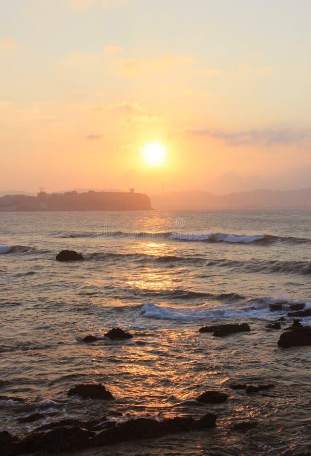 Puesta del sol en el mar Italia, Trieste imágenes de archivo libres de regalías