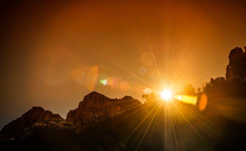 Puesta del sol en el parque nacional Arizona de Grand Canyon con inferior y sobre estilo de la exposición imágenes de archivo libres de regalías