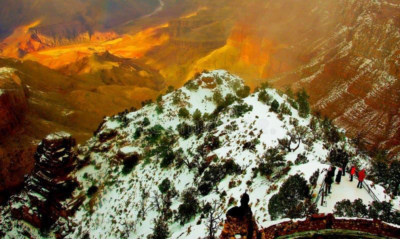 Puesta del sol en el parque nacional de Grand Canyon durante invierno imágenes de archivo libres de regalías
