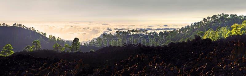 Puesta del sol en el parque nacional de Teide foto de archivo libre de regalías
