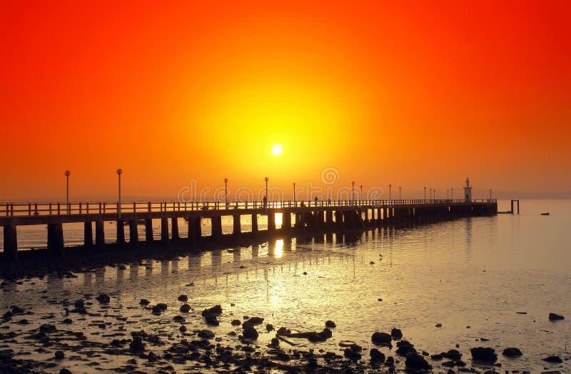 Download Puesta del sol en el río foto de archivo. Imagen de doc - 1297070