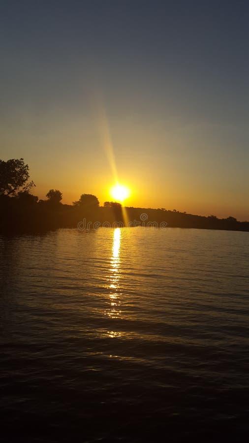 Puesta del sol en el río de Olifants imagen de archivo