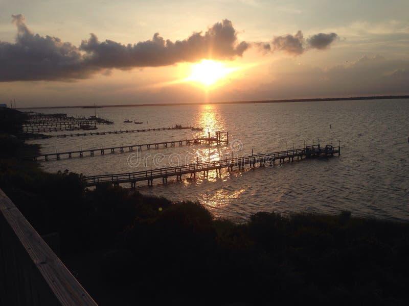 Puesta del sol en Emerald Isle imágenes de archivo libres de regalías