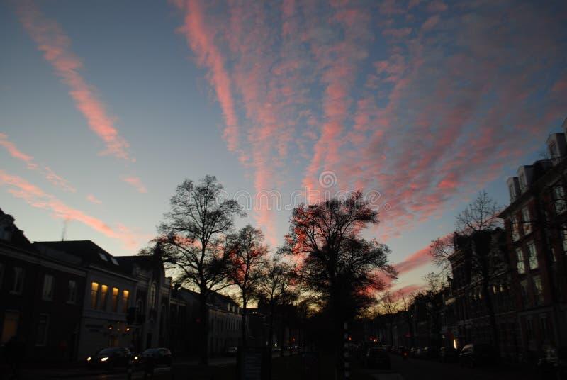 Puesta del sol en Haarlem imagenes de archivo
