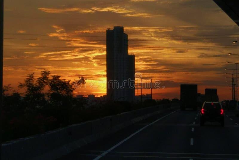 Puesta del sol en Jakarta foto de archivo