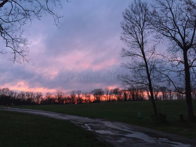 Puesta del sol en la granja de Ohio foto de archivo libre de regalías