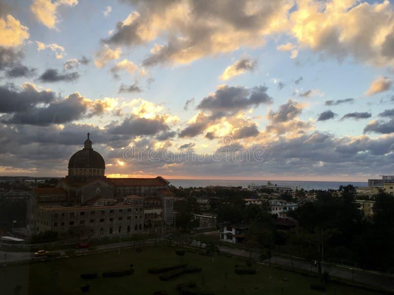 Puesta del sol en La Habana foto de archivo libre de regalías