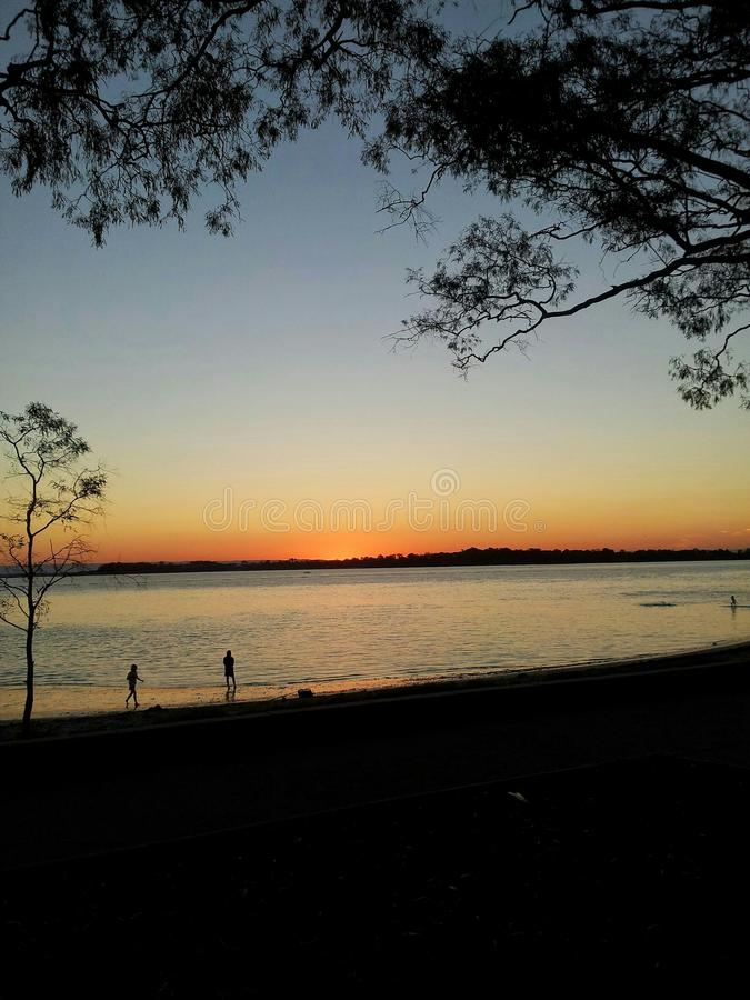 Puesta del sol en la isla de Bribie, Qld Australia fotos de archivo libres de regalías