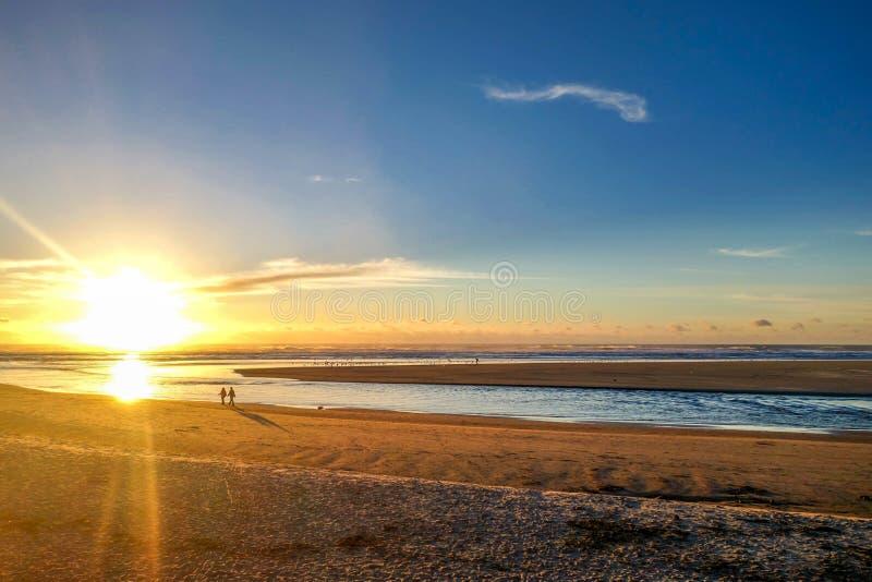Puesta del sol en la playa del cañón fotografía de archivo