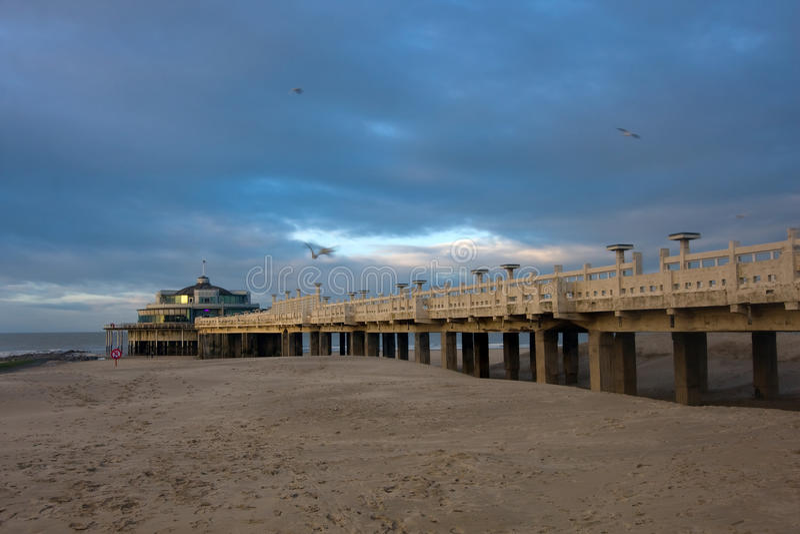 Playa en Blankenberge, Bélgica imagenes de archivo