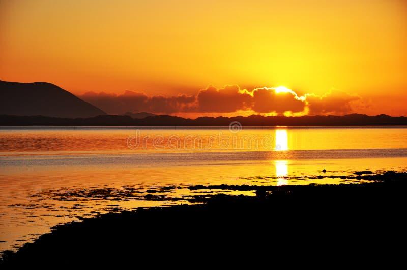 Puesta del sol en la pulgada, Co. Kerry, Irlanda 2 foto de archivo libre de regalías