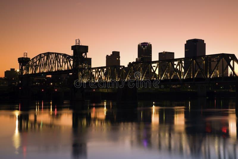 Puesta del sol en Little Rock, Arkansas. imagen de archivo libre de regalías