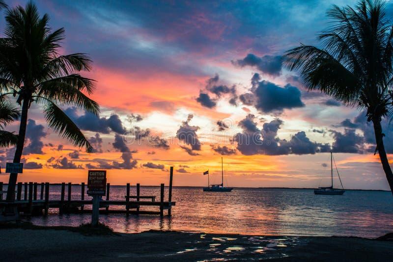 Puesta del sol en los claves de la Florida fotografía de archivo libre de regalías