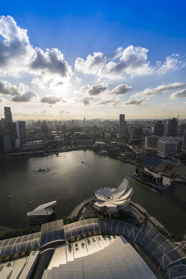 Download Puesta Del Sol En Marina Bay, Singapur Foto de archivo editorial - Imagen de famoso, iluminado: 42433013