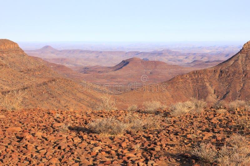 Puesta del sol en Namibia fotos de archivo