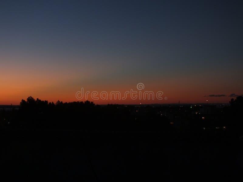 Puesta del sol en Porto Alegre, el Brasil foto de archivo