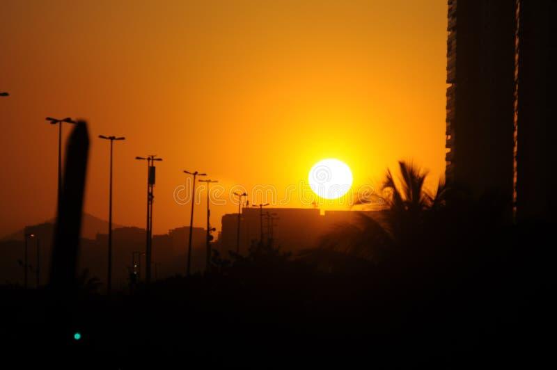 Puesta del sol en Rio de Janeiro foto de archivo