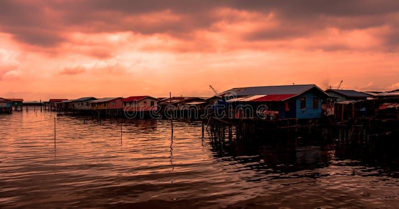 Puesta del sol en Sandakan Malasya fotos de archivo libres de regalías